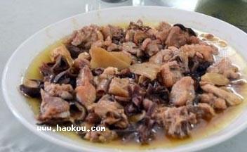 风姜香菇蒸走地鸡|阳江特产